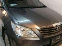 Butuh uang jual cepat Toyota Kijang 2013