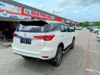 Butuh uang jual cepat Toyota Fortuner 2016