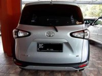 Toyota Sienta E dijual cepat