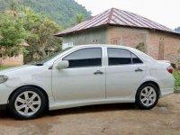 Toyota Limo 2004 bebas kecelakaan