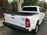 Jual Toyota Hilux 2013 Manual