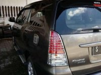 Toyota Kijang Innova 2009 bebas kecelakaan