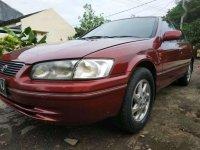 Butuh uang jual cepat Toyota Camry 1999