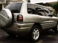 Jual Toyota RAV4 2000 harga baik