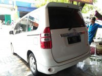 Toyota NAV1 Luxury V dijual cepat