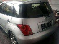 Toyota IST 2005 dijual cepat