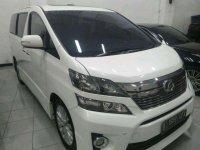 Toyota Vellfire 2014 dijual cepat