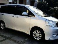 Toyota NAV1 V Limited dijual cepat