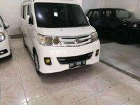 Butuh uang jual cepat Toyota IST 2012