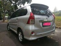 Butuh uang jual cepat Toyota Avanza 2012