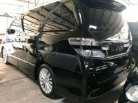 Butuh uang jual cepat Toyota Vellfire 2012
