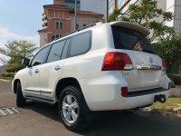 Toyota Land Cruiser Full Spec E bebas kecelakaan