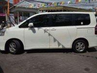 Toyota NAV1  bebas kecelakaan