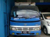 Toyota Dyna 2004 dijual cepat