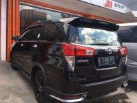 Jual Toyota Venturer 2017, KM Rendah