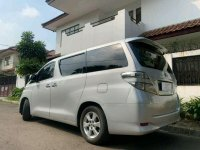 Butuh uang jual cepat Toyota Vellfire 2011