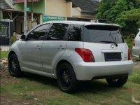 Toyota IST  dijual cepat