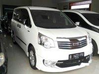 Jual Toyota NAV1 2014 harga baik