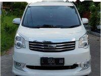 Jual Toyota NAV1 V Limited Luxury harga baik