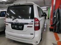 Toyota NAV1  dijual cepat