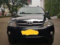 Butuh uang jual cepat Toyota Fortuner 2005