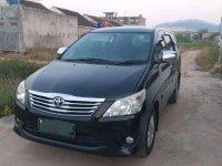 Jual Toyota Kijang Innova 2013 harga baik