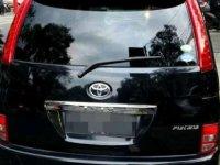 Toyota ISIS  dijual cepat