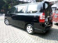 Jual Toyota NAV1  harga baik