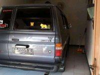 Butuh uang jual cepat Toyota Kijang 1995