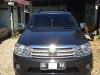 Jual Toyota Fortuner 2010 Manual