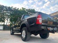 Toyota Hilux 2009 bebas kecelakaan
