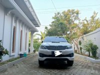 Butuh uang jual cepat Toyota Fortuner 2013