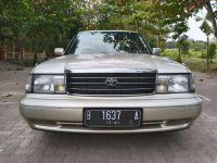 Toyota Crown 1996 bebas kecelakaan