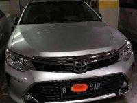Butuh uang jual cepat Toyota Camry 2018