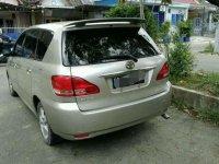 Toyota Ipsum 2.0 Automatic bebas kecelakaan