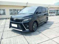 Jual Toyota Voxy 2019, KM Rendah