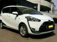 Toyota Sienta G dijual cepat