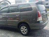 Butuh uang jual cepat Toyota Kijang Innova 2011