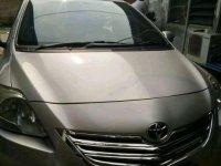 Jual Toyota Limo 2011 harga baik