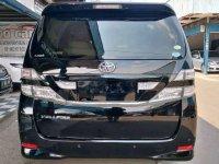 Toyota Vellfire V bebas kecelakaan