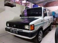 Butuh uang jual cepat Toyota Kijang 1994