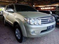 Butuh uang jual cepat Toyota Fortuner 2010