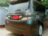 Toyota Vellfire 2010 dijual cepat