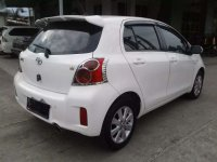 Butuh uang jual cepat Toyota Yaris 2013