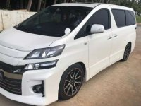Toyota Vellfire dijual cepat