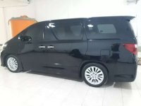 Toyota Alphard dijual cepat
