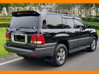 Butuh uang jual cepat Toyota Land Cruiser 2006