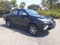 Butuh uang jual cepat Toyota Hilux 2019