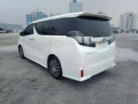 Jual Toyota Vellfire 2015 Automatic