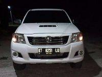 Toyota Hilux 2014 dijual cepat